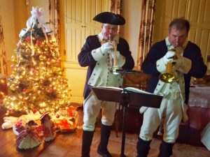 Live holiday music at the Colonial Yuletide.