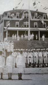 WW I Navy personnel and nurses in front of the Block Island headquarters
